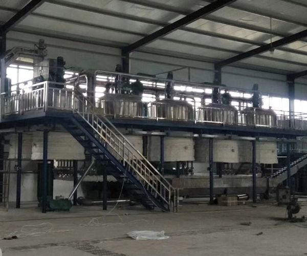 Lard refining machine